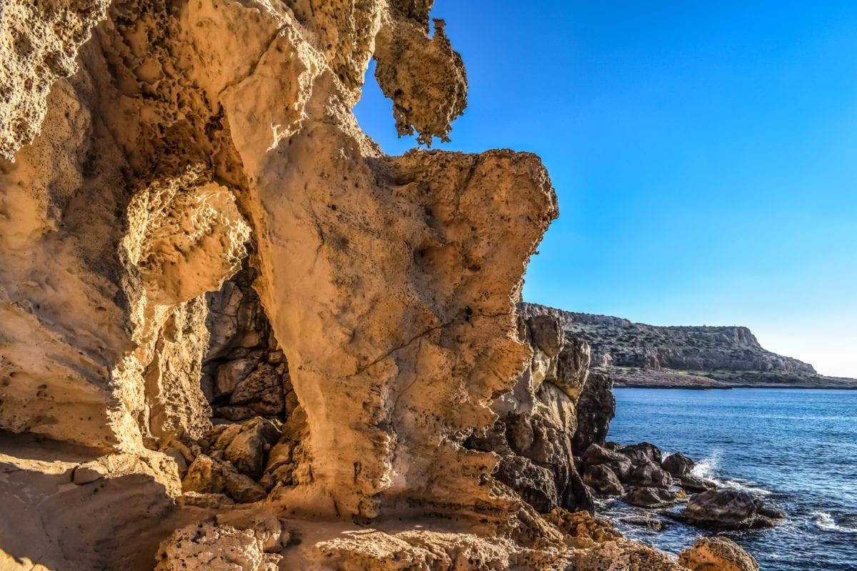 морски бряг, варовик, вода, скала, пейзаж, пещера, синьо небе, море
