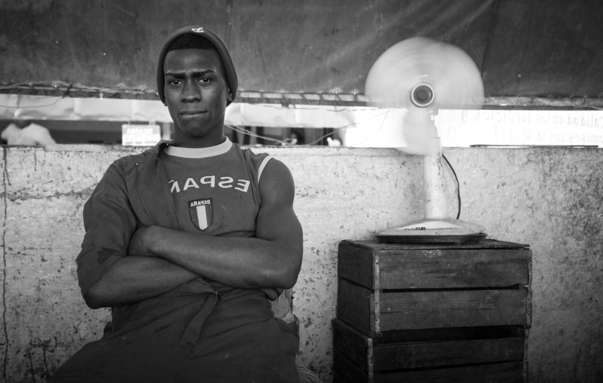 Африка, младите, хора, мъж, портрет, монохромен, ретро, улица