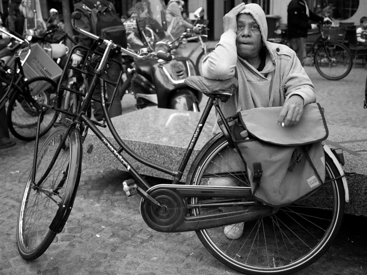 bicycle, bicycling, man, wheel, conveyance, people, street, vehicle