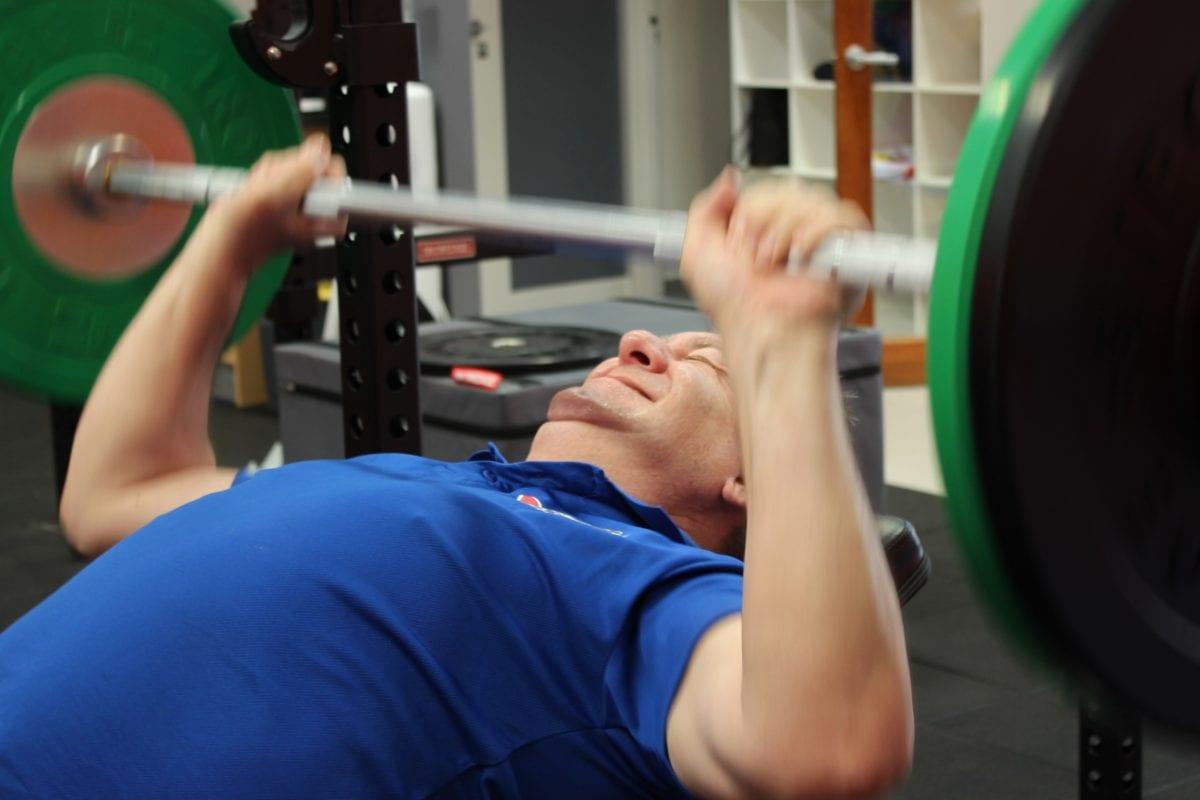 bench press, telocvičňa, vhodnosť, cvičenie, činka, športovec, sila, činka
