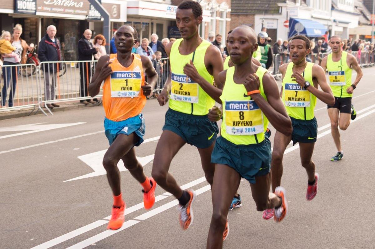 спортист, бегач, конкуренцията, футболно състезание, състезание, маратон, спорт, хора
