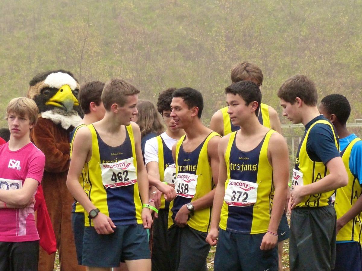 Момче, конкуренцията, спорт, състезание, бегач, маратон, спортист, футболно състезание