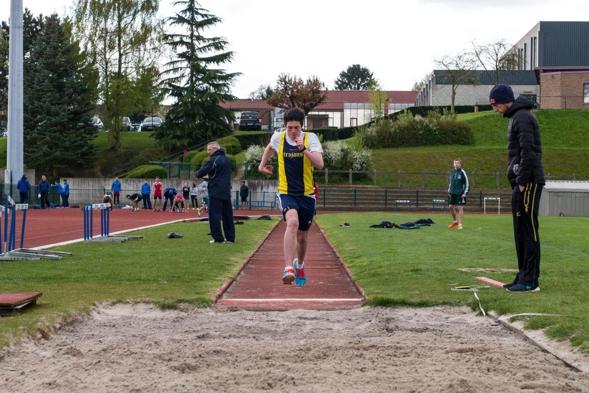 hoppa, sand, tränare, träningsprogram, idrottsman nen, idrott, konkurrens, personer