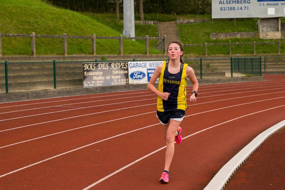 jeune femme, athlète, stade, compétition, course, Début, sport, Runner