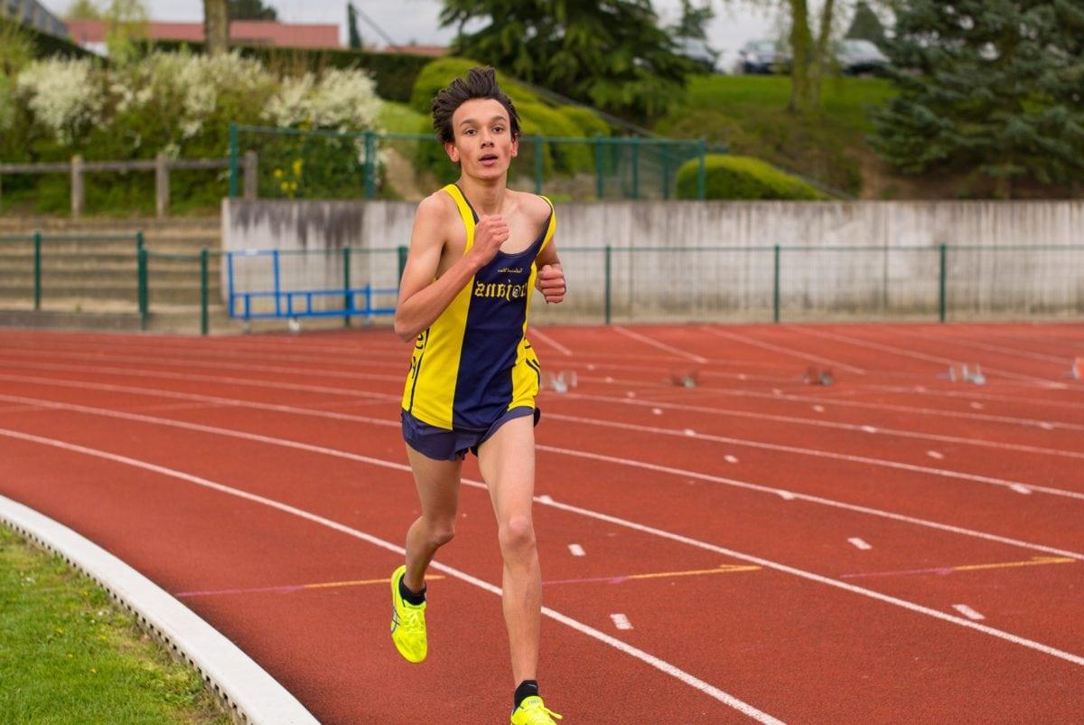 Anak laki-laki, pelari, olahraga, kompetisi, lomba lari kaki, atlet, ras, usaha