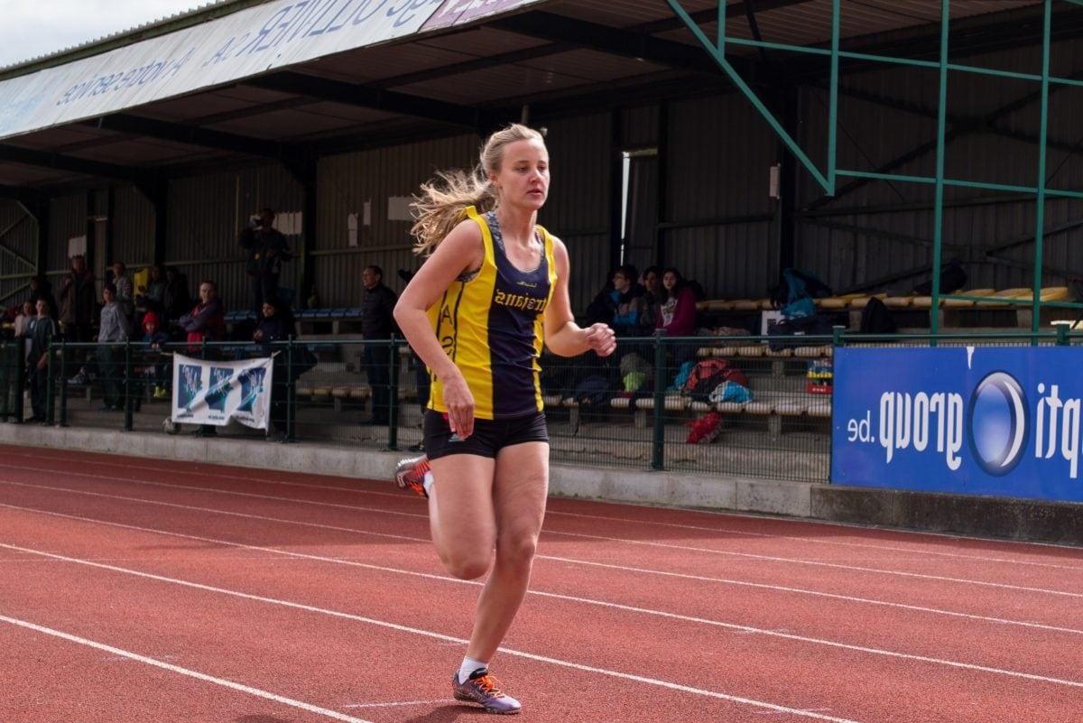 blonde hair, marathon, pretty girl, victory, sport, racket, runner, race
