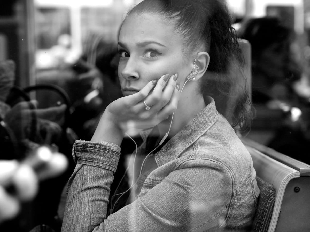 nádherná, hezké děvče, ulice, portrét, lidé, černobílý tisk, Žena, děvče