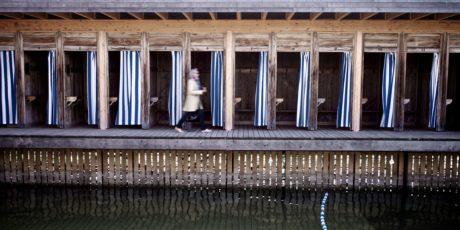 người phụ nữ, xây dựng, kiến trúc, nền tảng, gỗ, nước, cũ, phản ánh