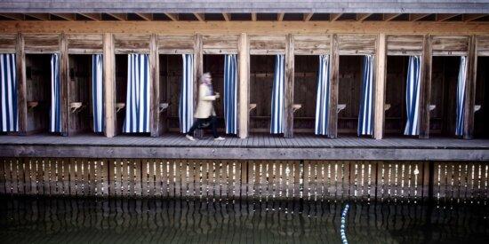 kvinne, bygge, arkitektur, grunnfjell, tre, vann, gamle, refleksjon