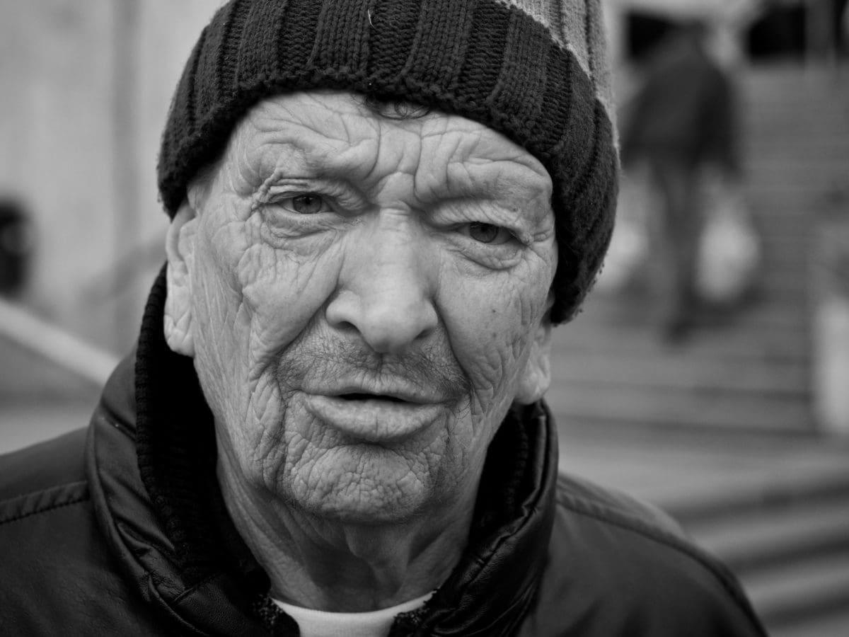 gade, Senior, folk, person, Portræt, mand, monokrom, ældre