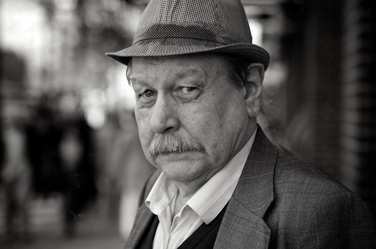 poslovni čovjek, poslovnom, čovjek, portret, ljudi, osoba, crno-bijeli, ulica