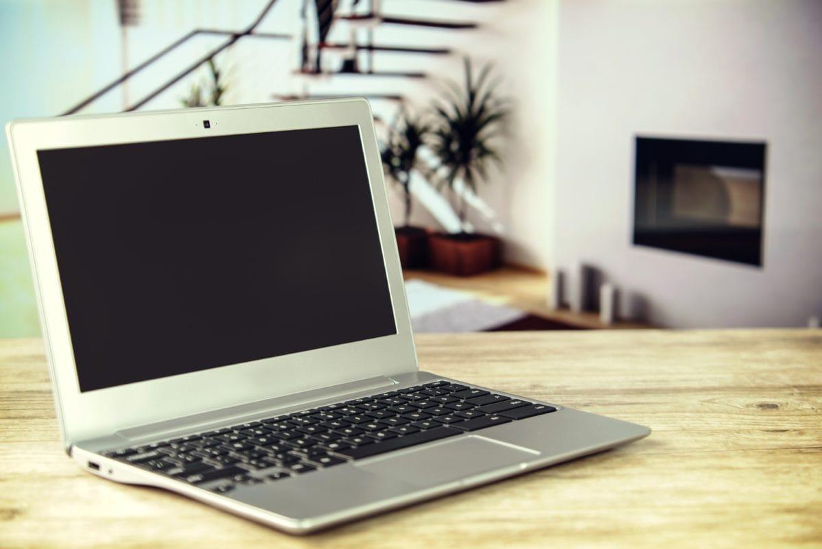 개인용 컴퓨터, 노트북, 컴퓨터, 노트북, 휴대용 컴퓨터, 화면, 실내, 기술