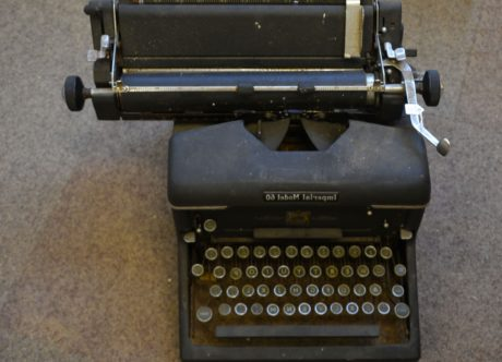 keyboard, key, typewriter, device, portable, retro, business, nostalgia