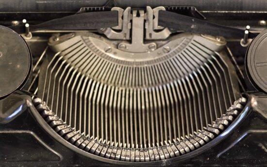 device, keyboard, portable, vintage, classic, old, retro, nostalgia