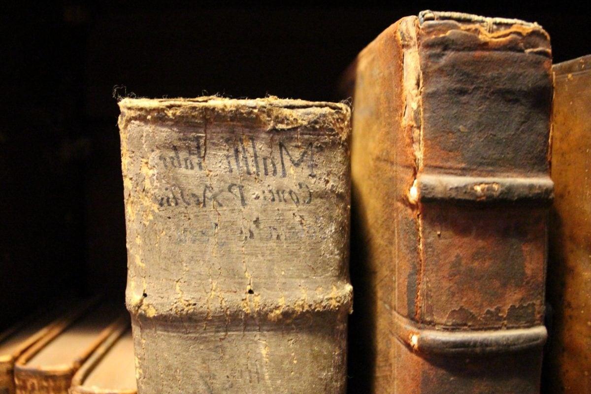 buku, buku, rak buku, lama, antik, retro, kotor, kuno