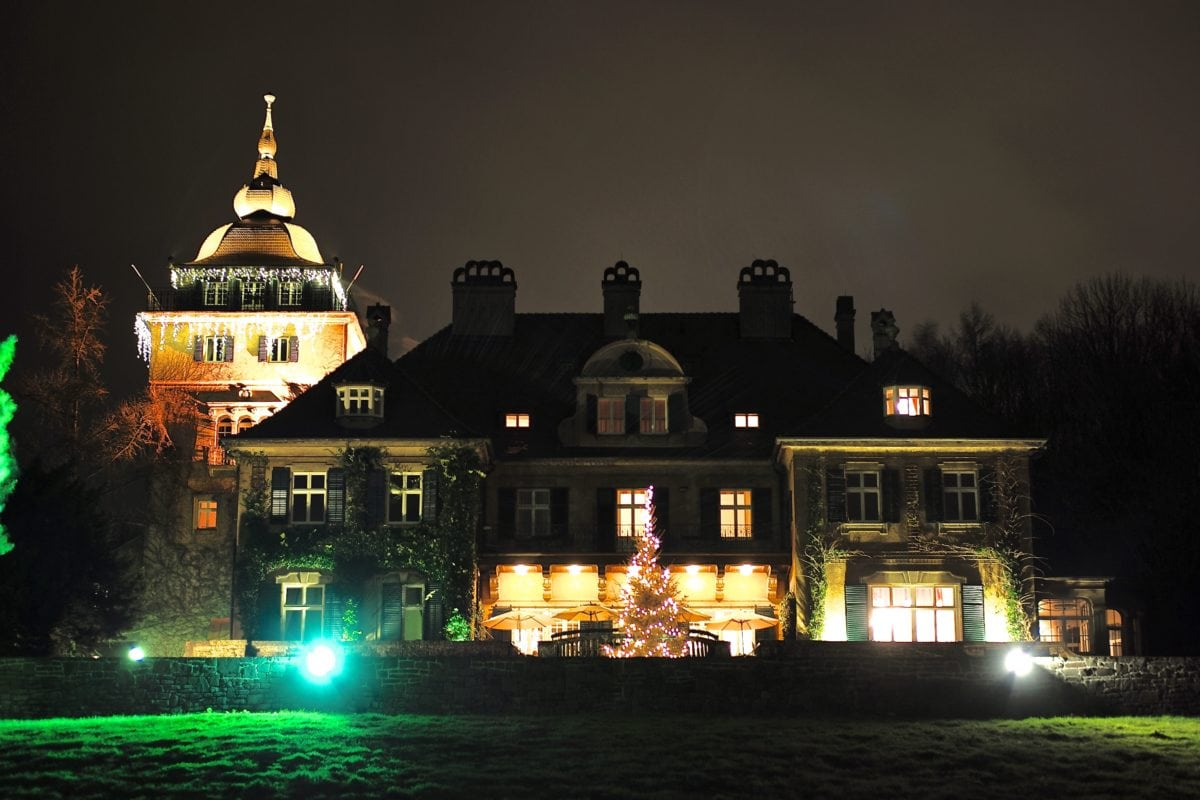 palace, architecture, city, night, residence, house, building, travel