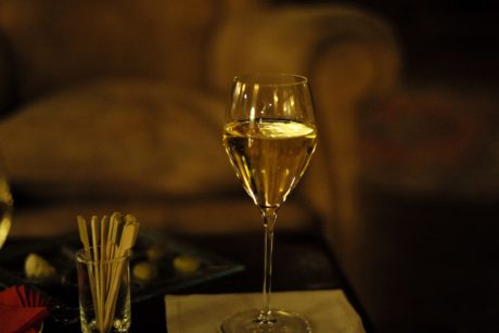 wine, drink, champagne, glass, celebration, still life, party, blur
