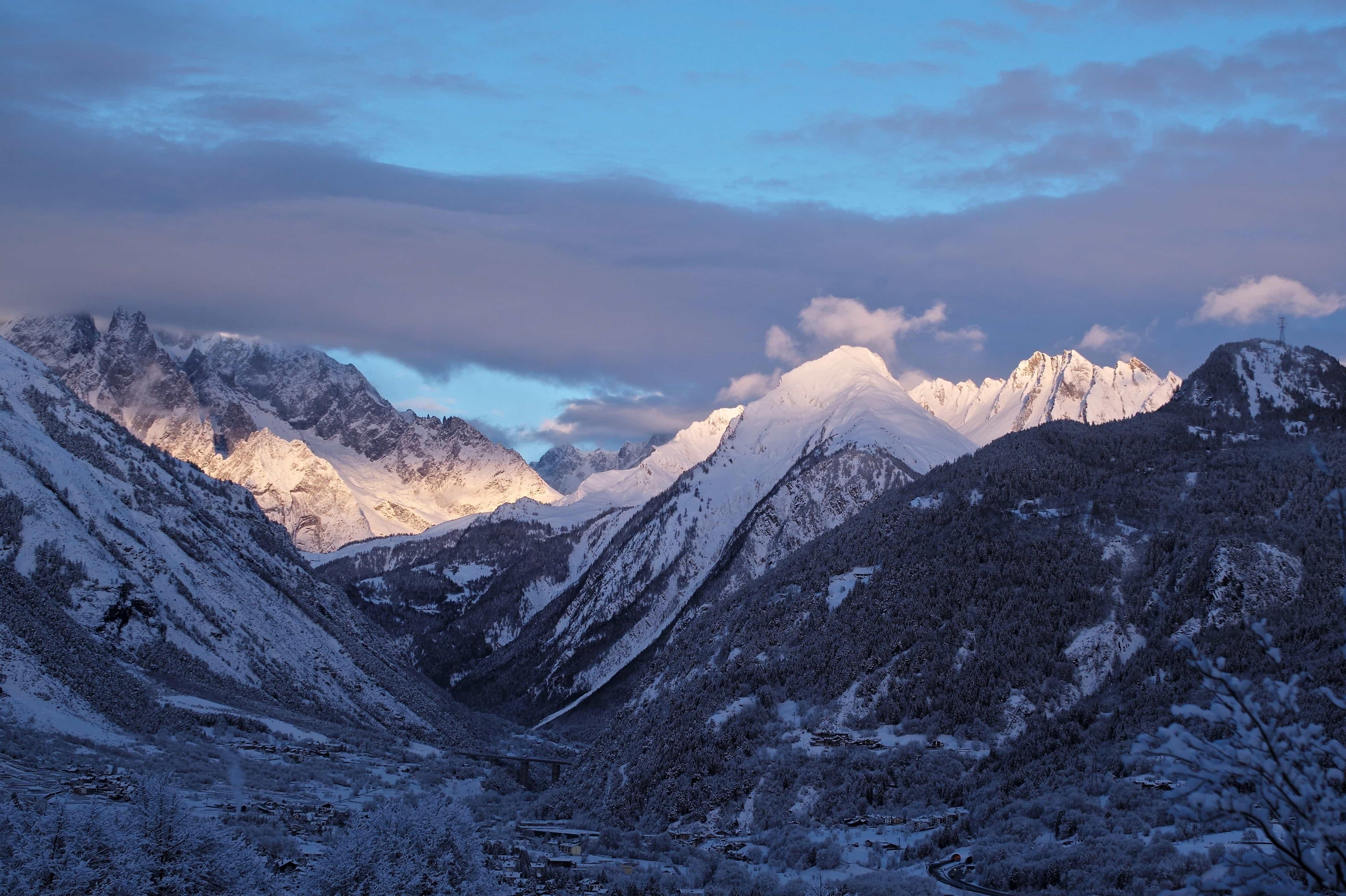 48+ Gambar Pemandangan Gunung Berapi Terbaik