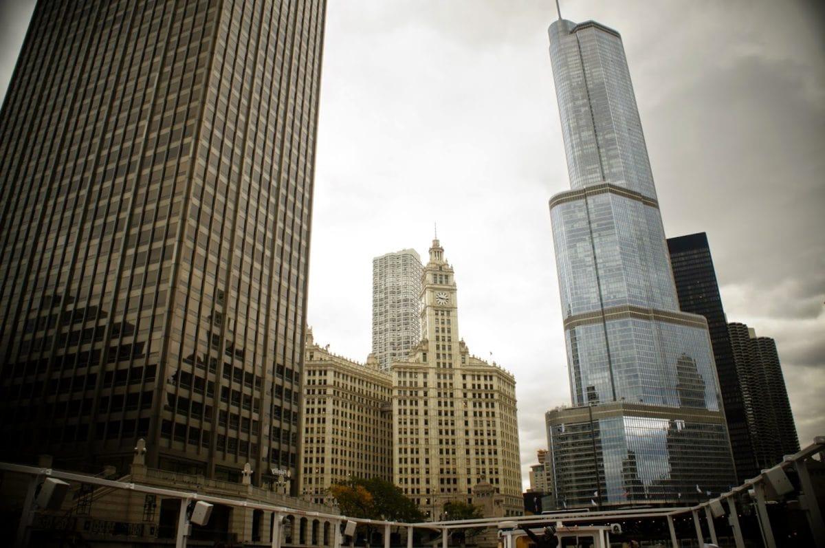 в центъра, екстериор, фасада, кула, градска зона, облак, архитектурен стил, архитектура