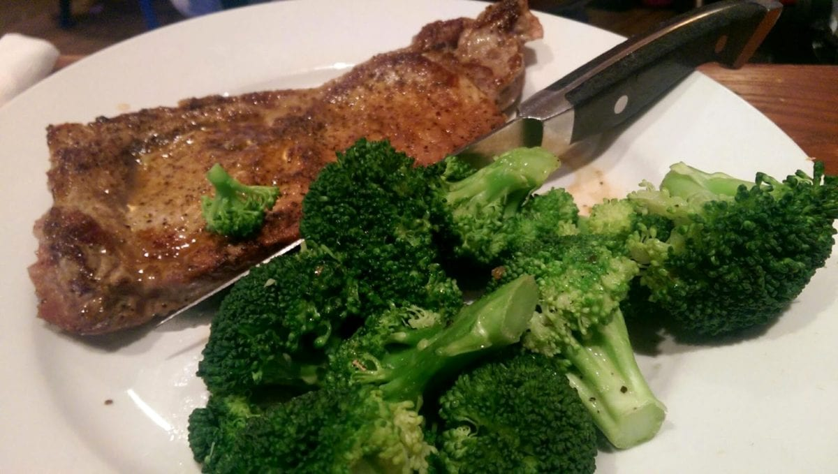broccoli, kitchen table, kitchenware, knife, healthy, nutrition, food, produce