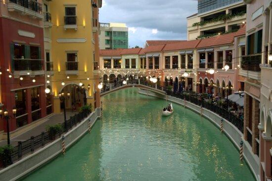 channel, travel, water, boat, vessel, hotel, gondola, architecture