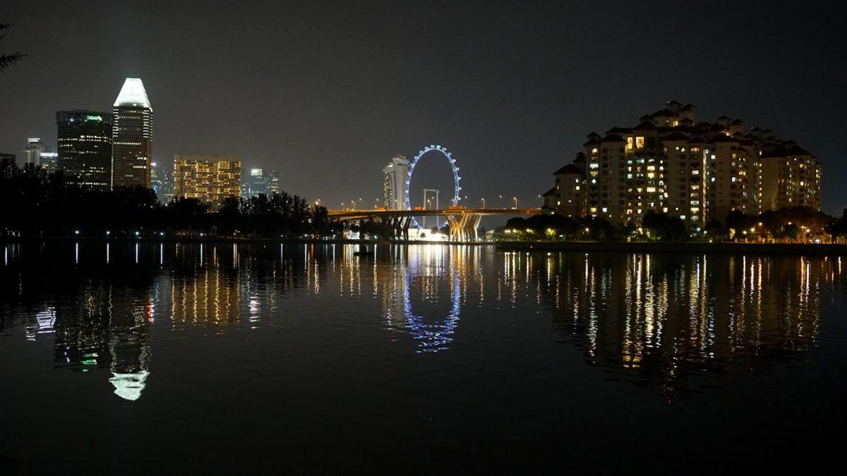 noční, panoráma, turistická atrakce, město, nábřeží, voda, řeka, molo