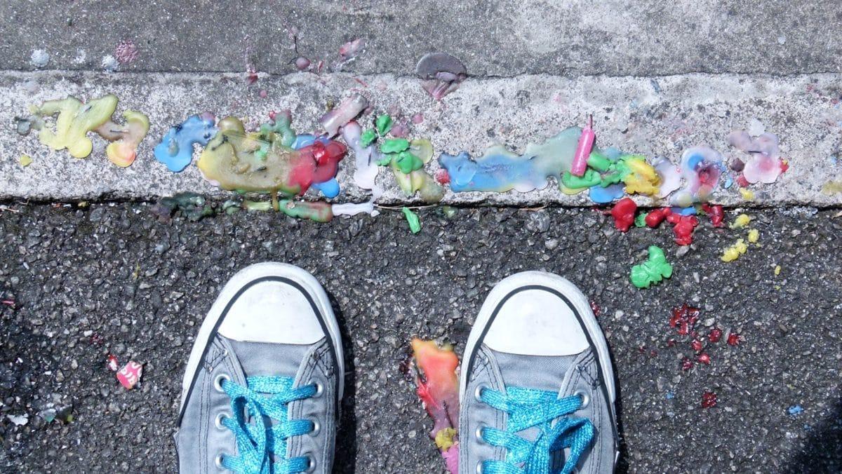 aszfalt, színes, cipőfűző, cipő, lábbeli, cipő, utca, láb
