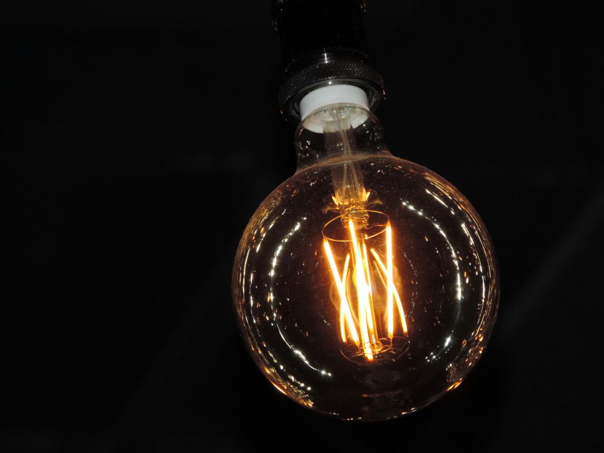 elektrisitet, lyspære, lys, energi, opplyst, glass, mørk, strøm