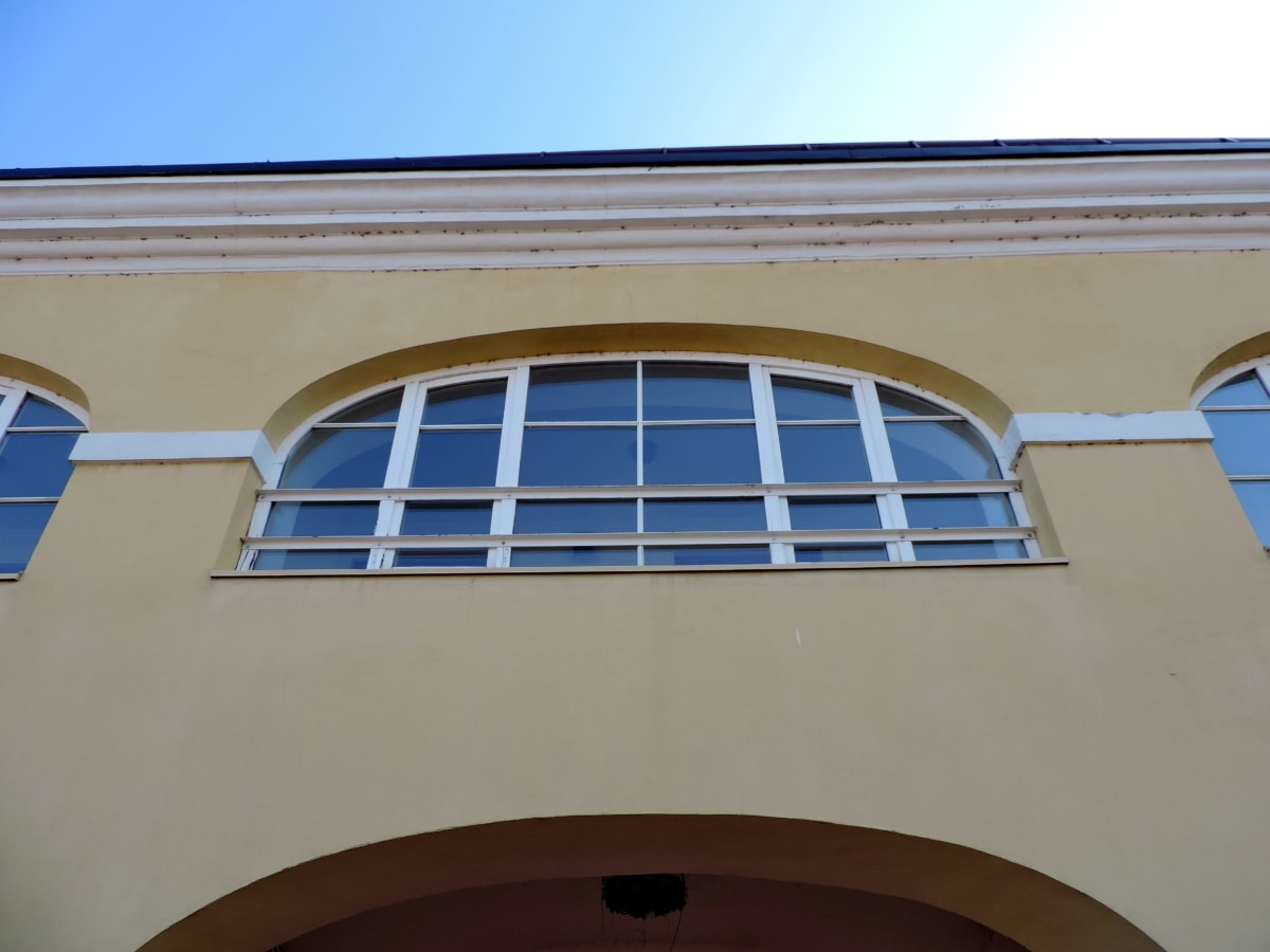 window, architecture, structure, building, daylight, outdoors, house, city
