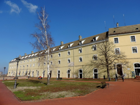 castle, fortification, architecture, warehouse, building, old, outdoors, home
