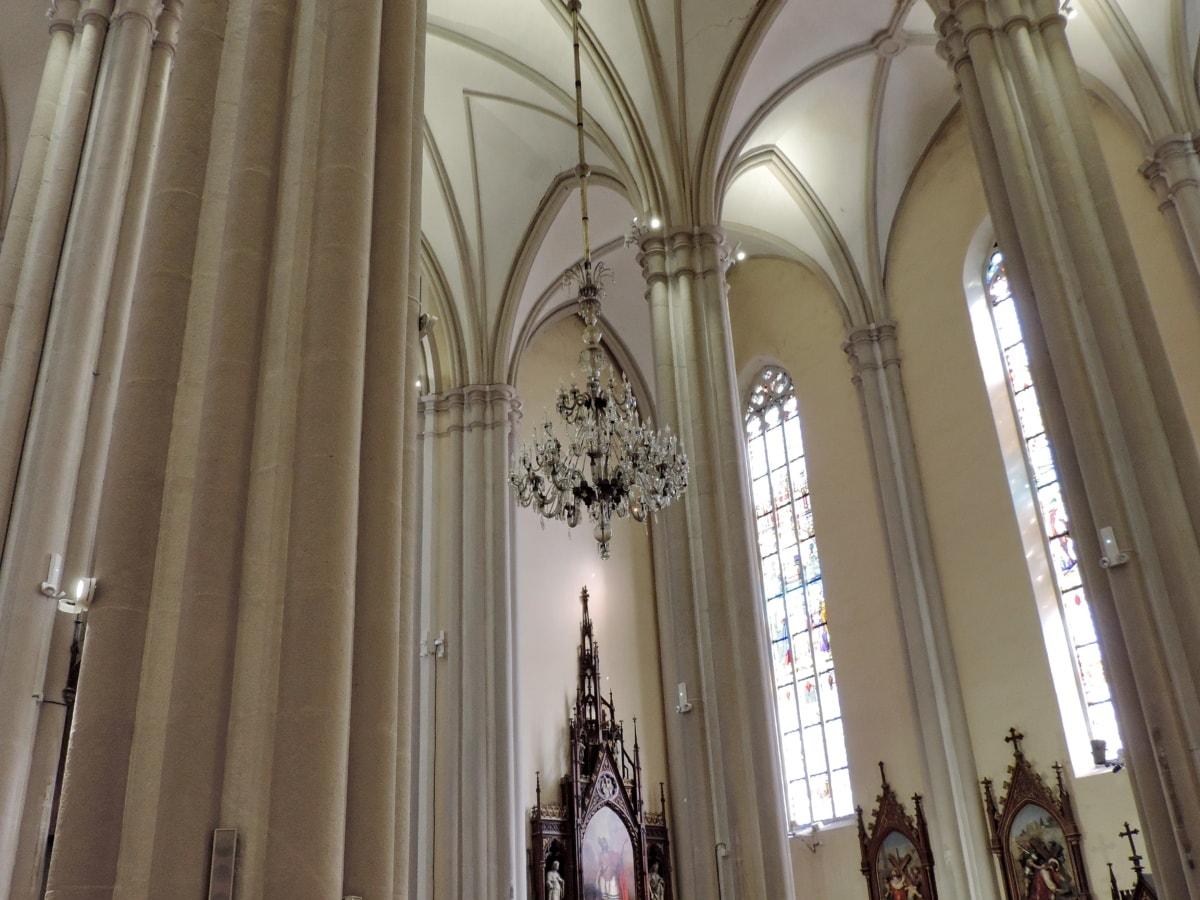 oltár, katedrála, Katolícka, sviečkara, dekorácie interiéru, interiérový dizajn, interiéri, náboženstvo