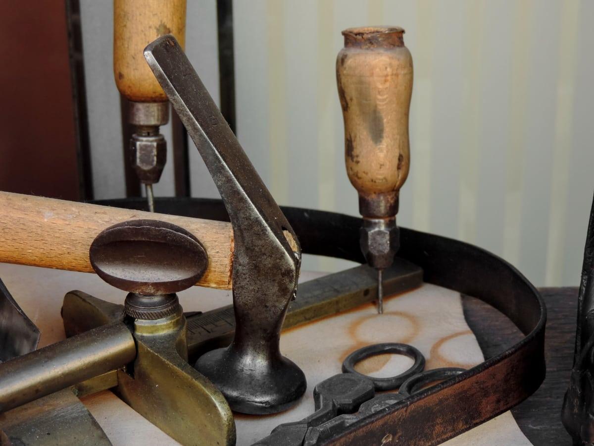 litina, kladivo, nástroj ručička, ručně vyráběné, Dovednost, dřevo, starožitnost, staré