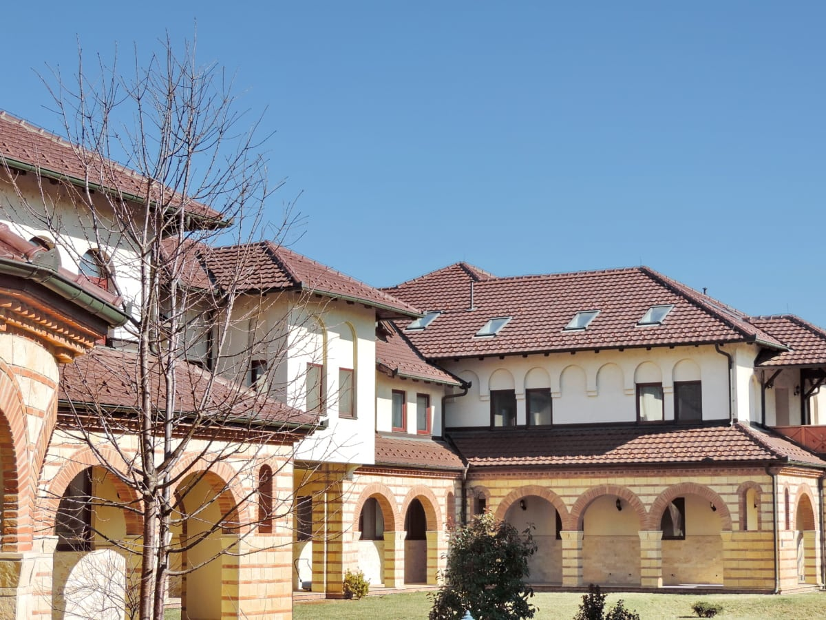 patio trasero, fachada, Monasterio de, ortodoxa, Casa, techo, arquitectura, construcción