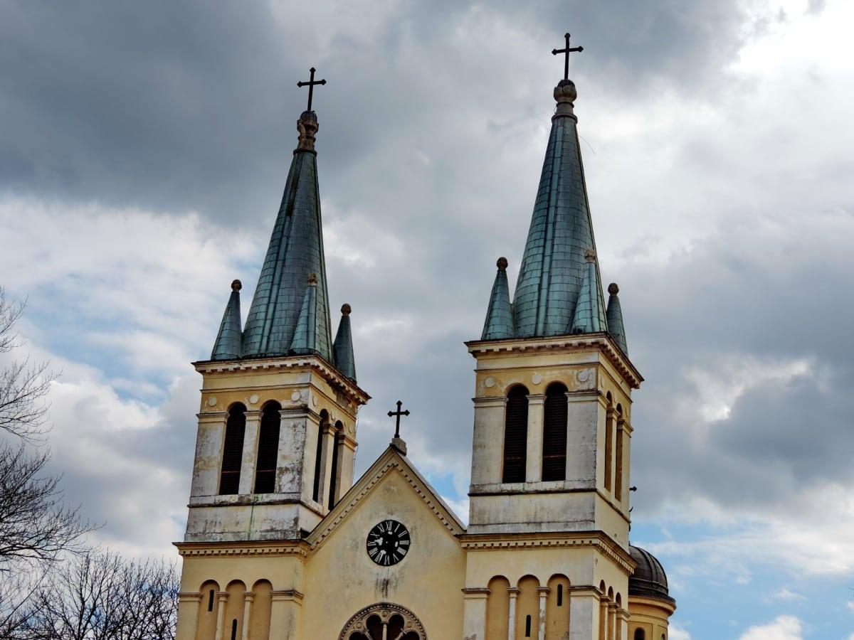 πύργος εκκλησιών, σύννεφο, γοτθικός, Τον ουρανό, κληρονομιά, Μοναστήρι, θρησκεία, αρχιτεκτονική