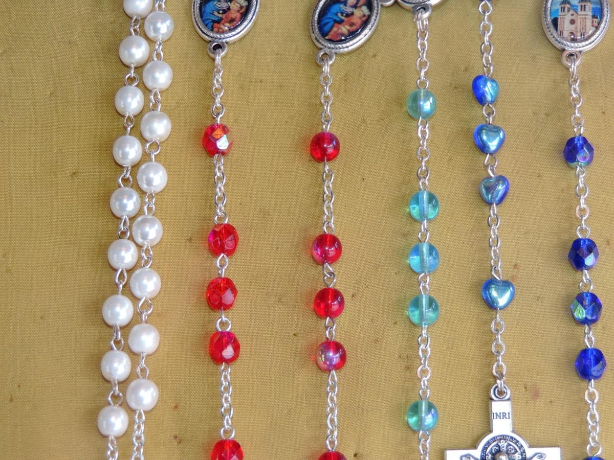 kresťanstvo, diamant, šperky, striebro, reťazec, korálky, drahé, náhrdelník