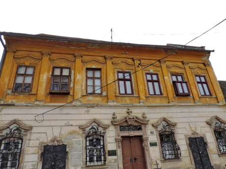 baroque, heritage, house, old style, ornament, street, building, facade