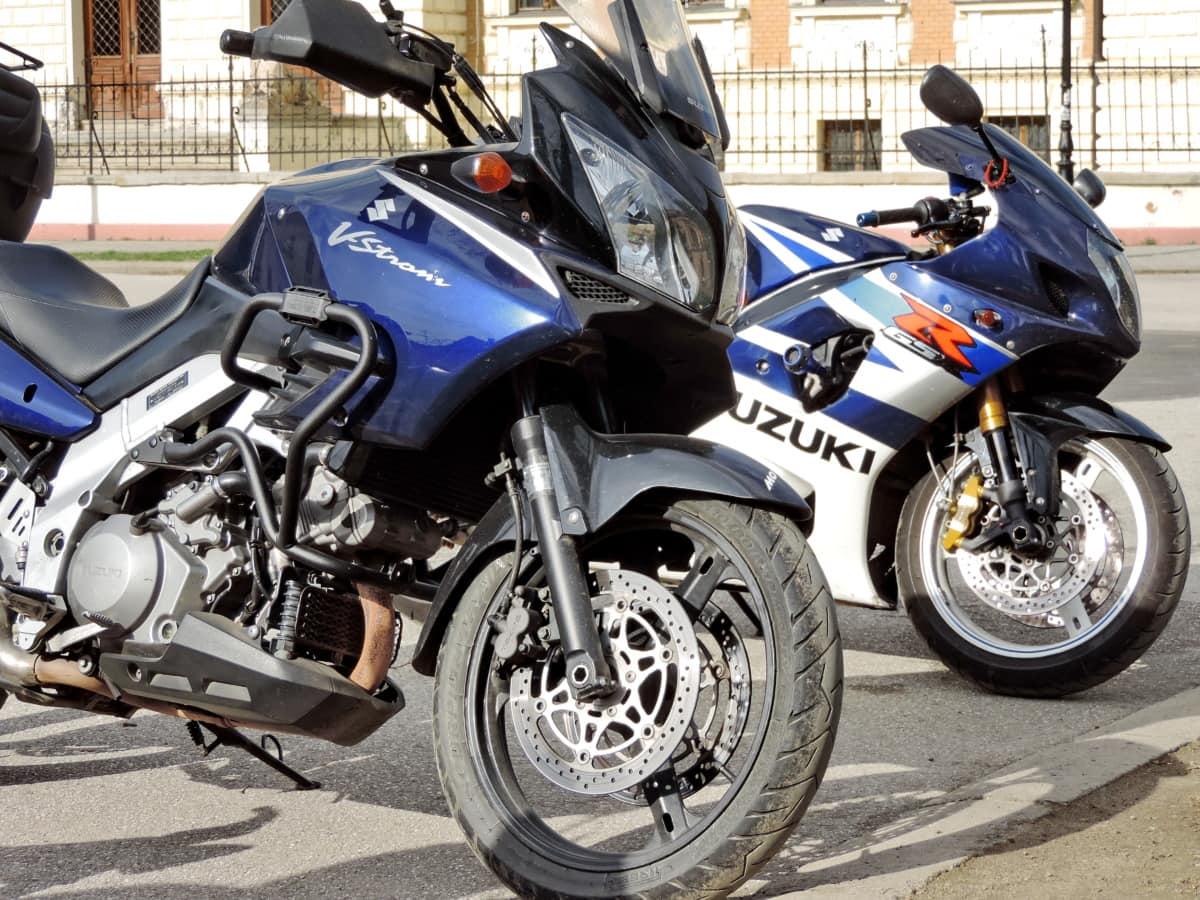 motorcycle modern parking lot motorbike road expensive wheel machine motorcycles