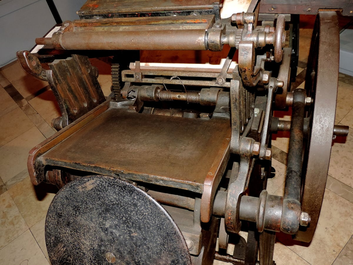 antiquity, cast iron, history, press, print, industry, device, machine