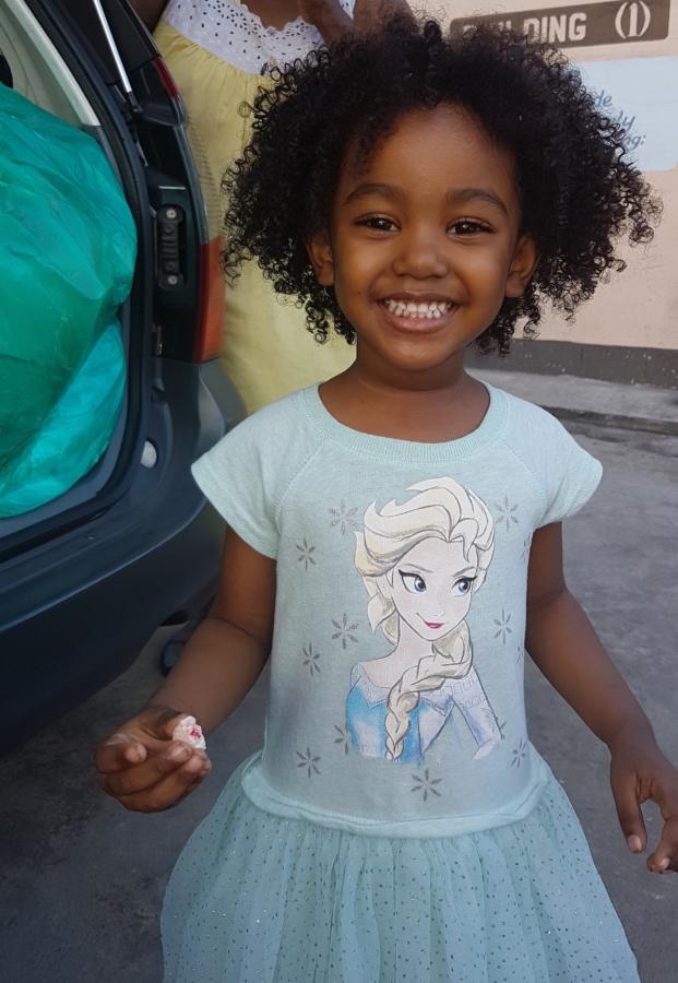 ansigt, frisure, lykke, smil, barn, Portræt, udendørs, Pige