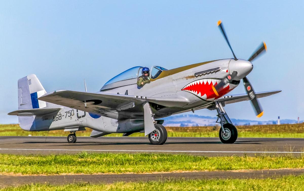 motor zrakoplova, kokpit, pilot, zračna luka, propeler, avion, vojne, avion