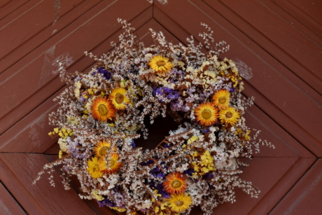 beautiful flowers, carpentry, dry, front door, oak, still life, flower, decoration