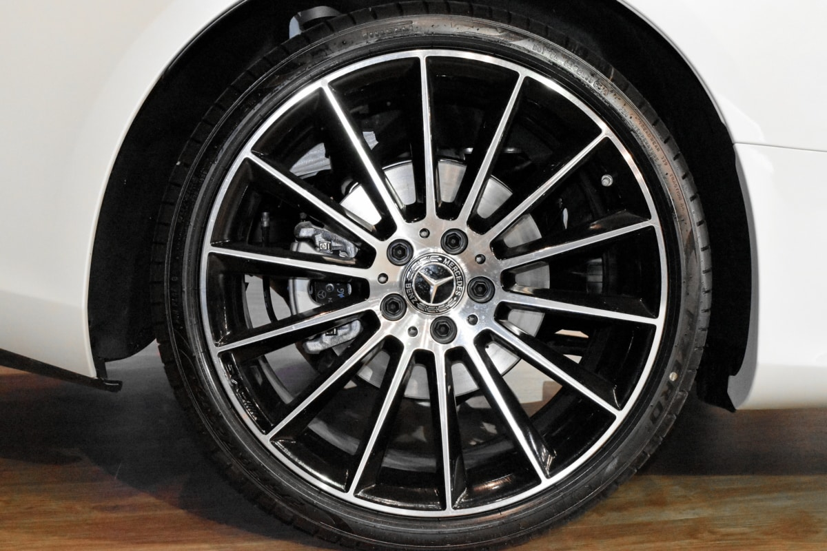 alloy, aluminum, garage, rubber, automobile, car, machine, rim
