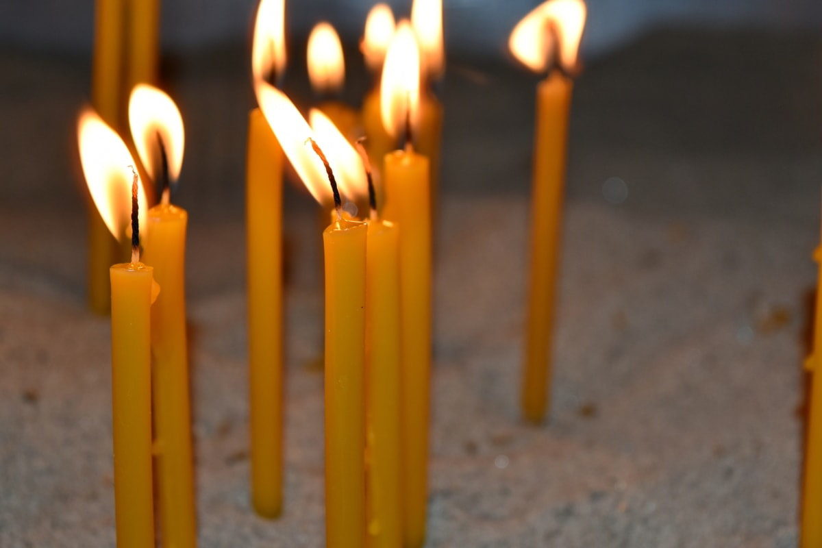 svijeća, plamen, svijetlo svijeće, religija, svjetlo, duhovnost, mrtva priroda, tamno