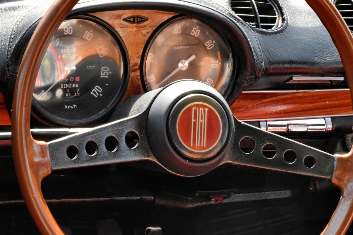 dashboard, interior decoration, italian, nostalgia, sign, speedometer, car, vehicle