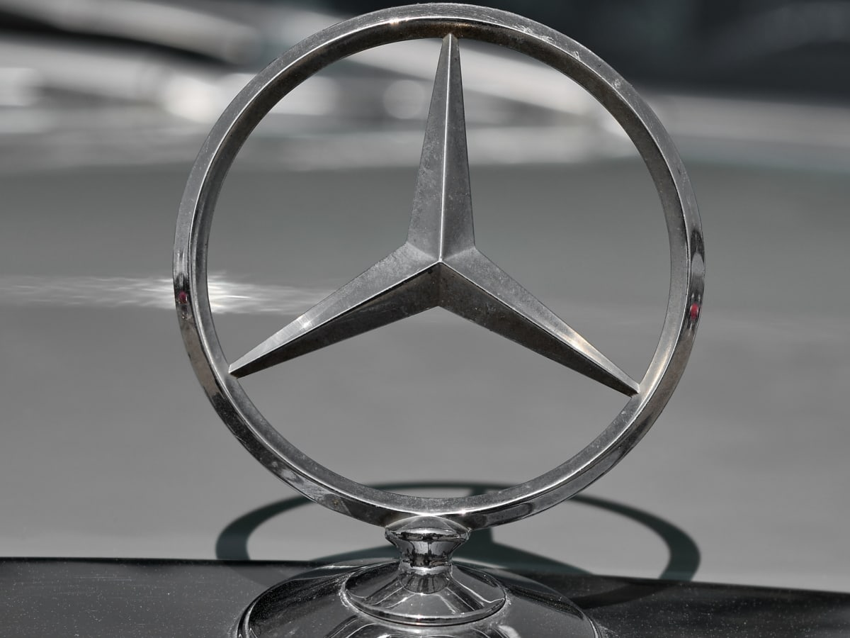 black and white, monochrome, symbol, chrome, reflection, wheel, car, fast