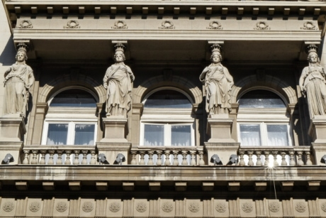 balcony, capital city, European, heritage, sculpture, palace, building, architecture