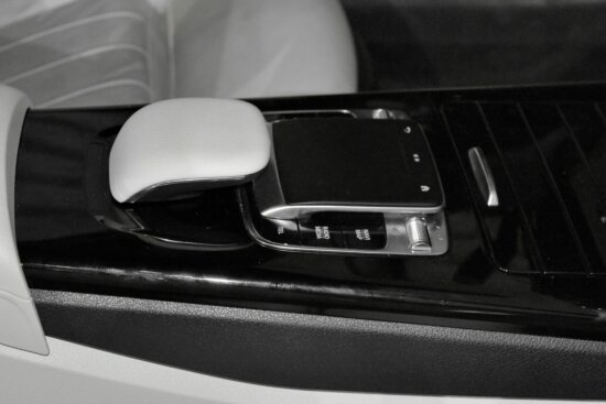 car seat, gearshift, luxury, device, technology, car, computer, vehicle