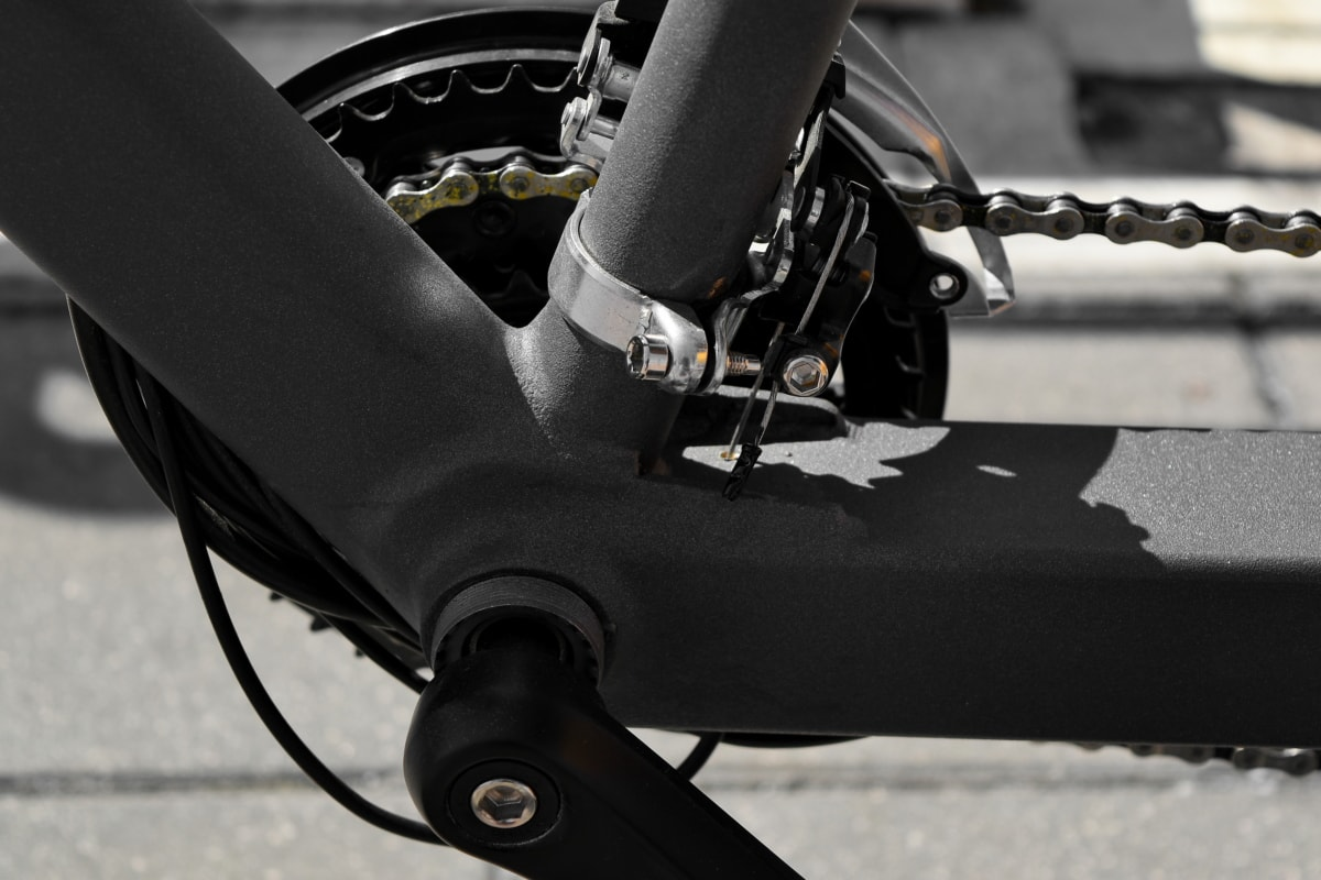 bicycle, gearshift, shadow, wheel, vehicle, street, race, monochrome