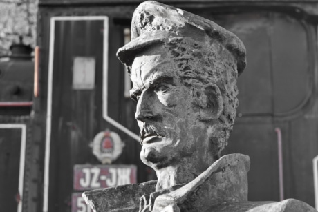 bust, steam locomotive, sculpture, statue, art, old, cemetery, architecture