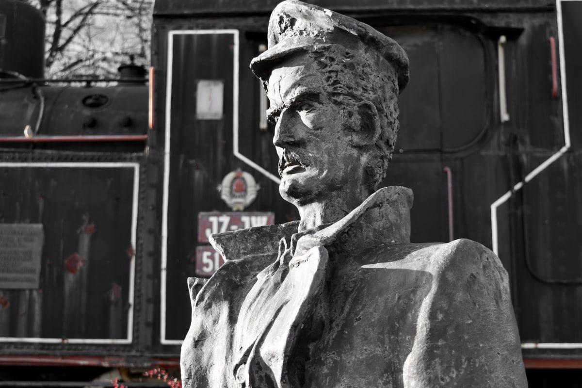 bronze, bust, sculpture, steam engine, steam locomotive, train, statue, people